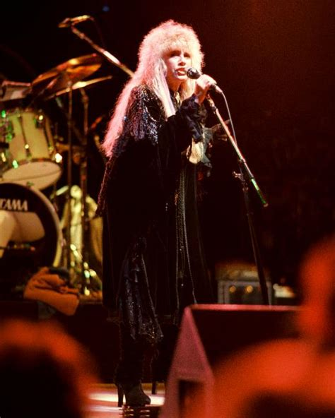 TOUR ARCHIVE: 1987-1988 – The Changing Times of Stevie Nicks