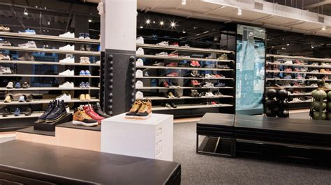 Nike opens interactive Flagship Store in SoHo NYC - The dad