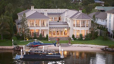 Mansion with a Helicopter Pad | Dream Homes | Mortgage