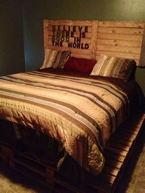 34 DIY Ideas: Best Use of Cheap Pallet Bed Frame Wood