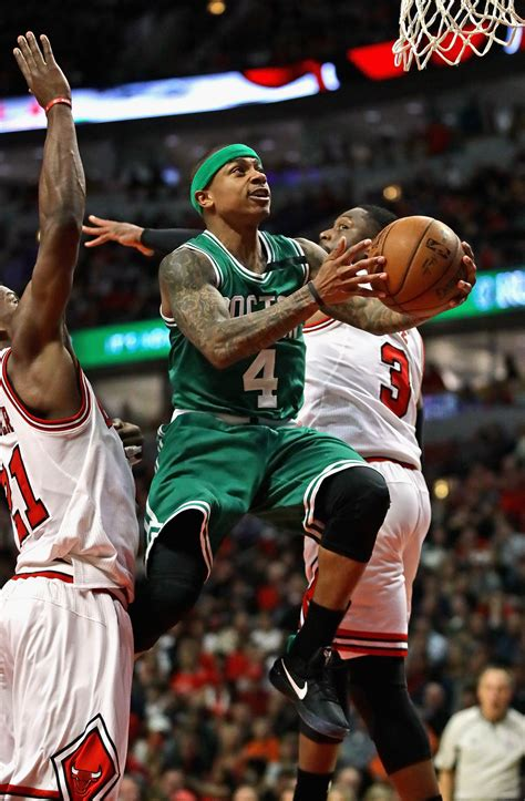 Celtics assist Isaiah Thomas — and vice versa — in victory