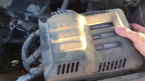 2015 Chevrolet Equinox Battery Replacement - YouTube
