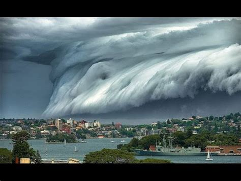 BIGGEST NATURAL DISASTERS EVER RECORDED   disaster caught