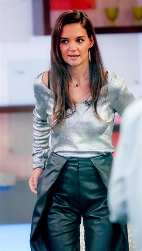 Katie Holmes on Good Morning America to promote Ray
