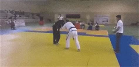 Fail Gifs That Will Remind You Not Everyone Is Good At