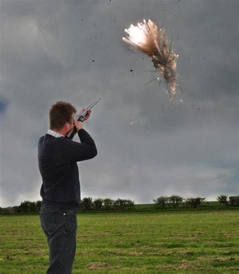 Shooting Star Exploding Clay Pigeon Targets - The Firearm
