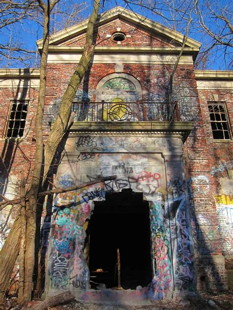 The Haunting Ruins Of The New York City Farm Colony