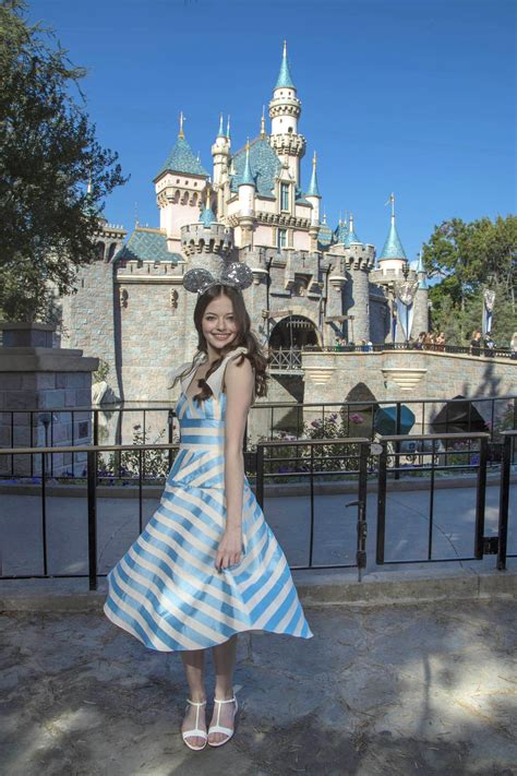 Mackenzie Foy Fun Facts: 7 Things To Know About Disney's