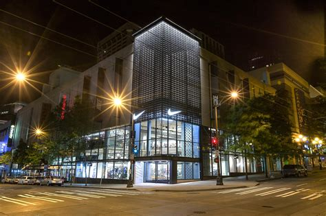 Redesigned Nike Store Shines in the Emerald City - Nike News
