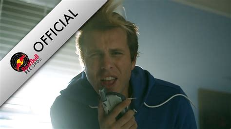AWOLNATION - Sail (Official) - YouTube